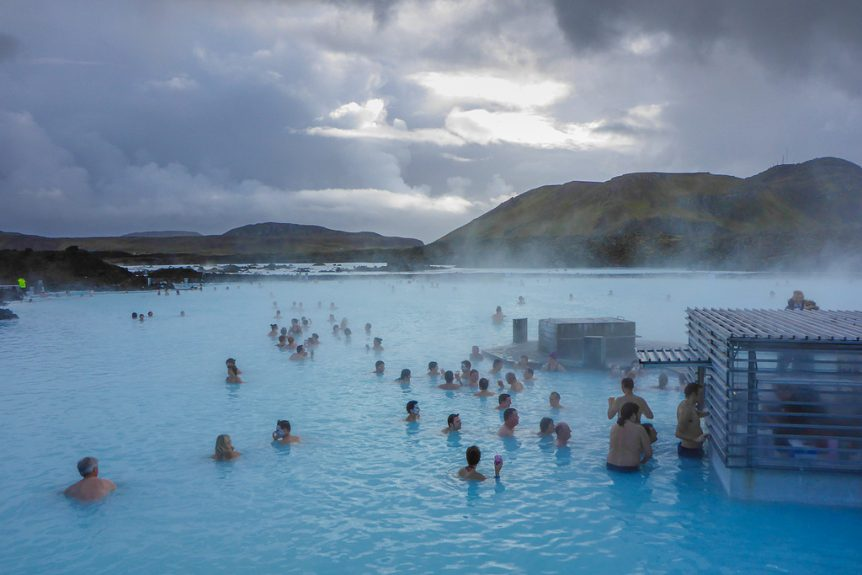 Blue Lagoon Swim-up Bar