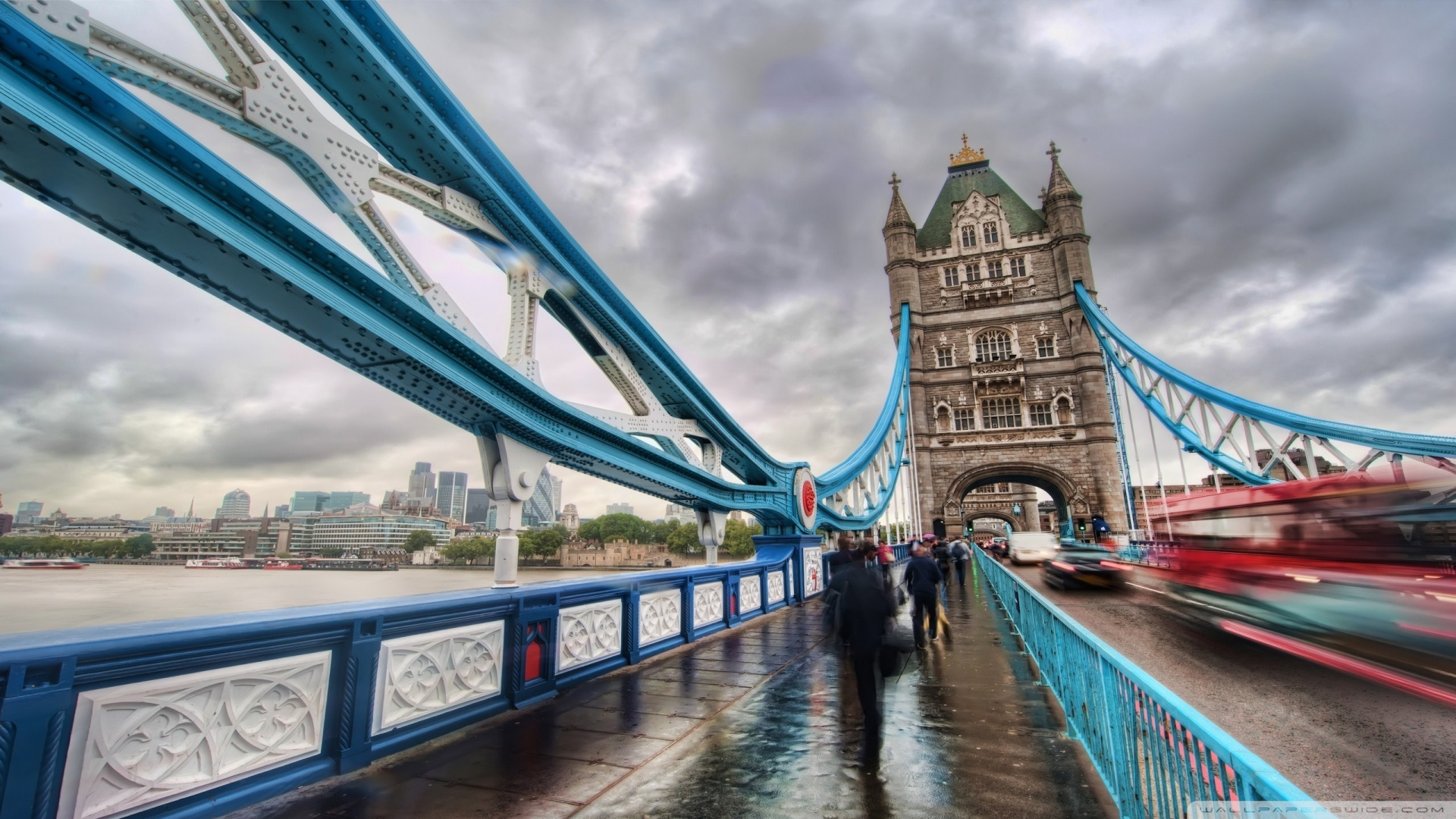 London Tower Bridge Walkway