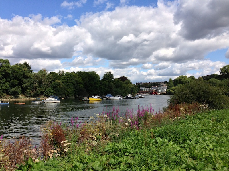 Thames Path in Richmond