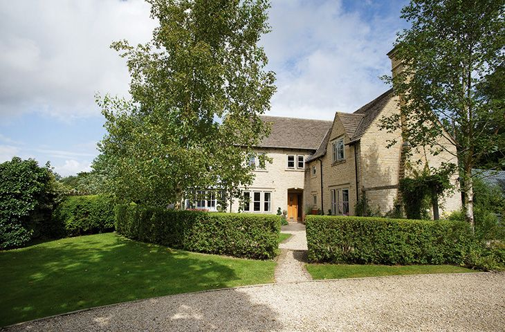 Hunter Court, Clanfield, Oxfordshire, Cotswolds