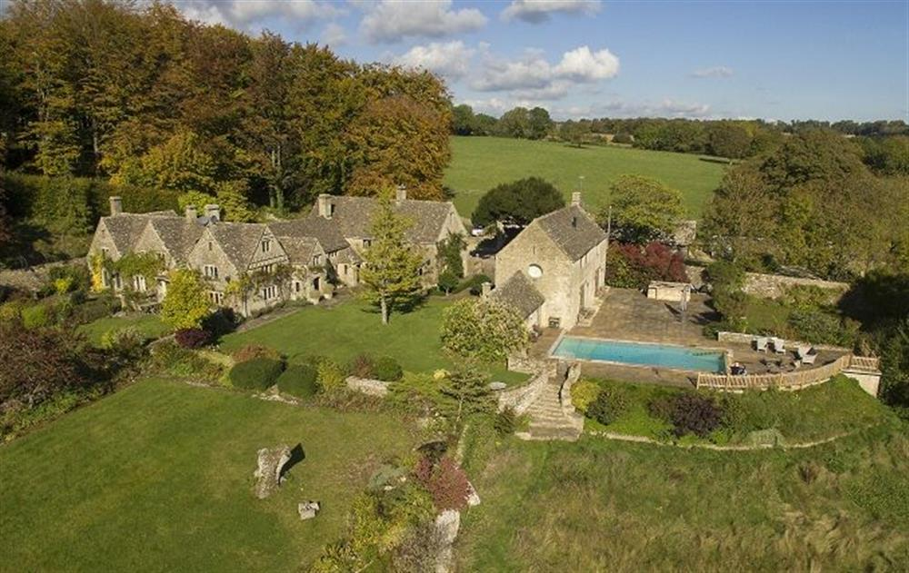 Manor House, Bisley, Stroud, Cotswolds - Swimming pool and gardens