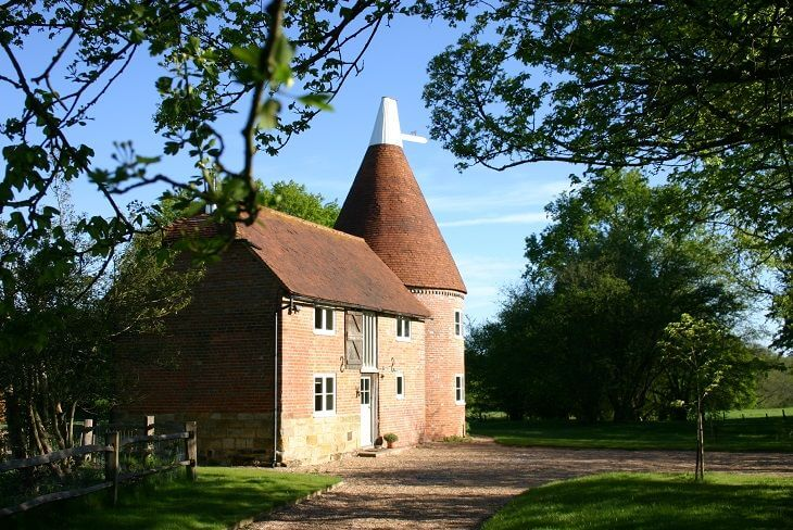 Bakers Farm Oast in Ticehurst, Sussex