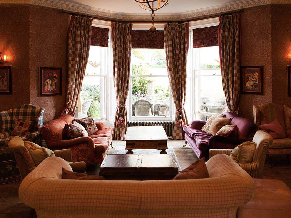 Bannatyne Charlton House Spa Hotel in Somerset - Lounge