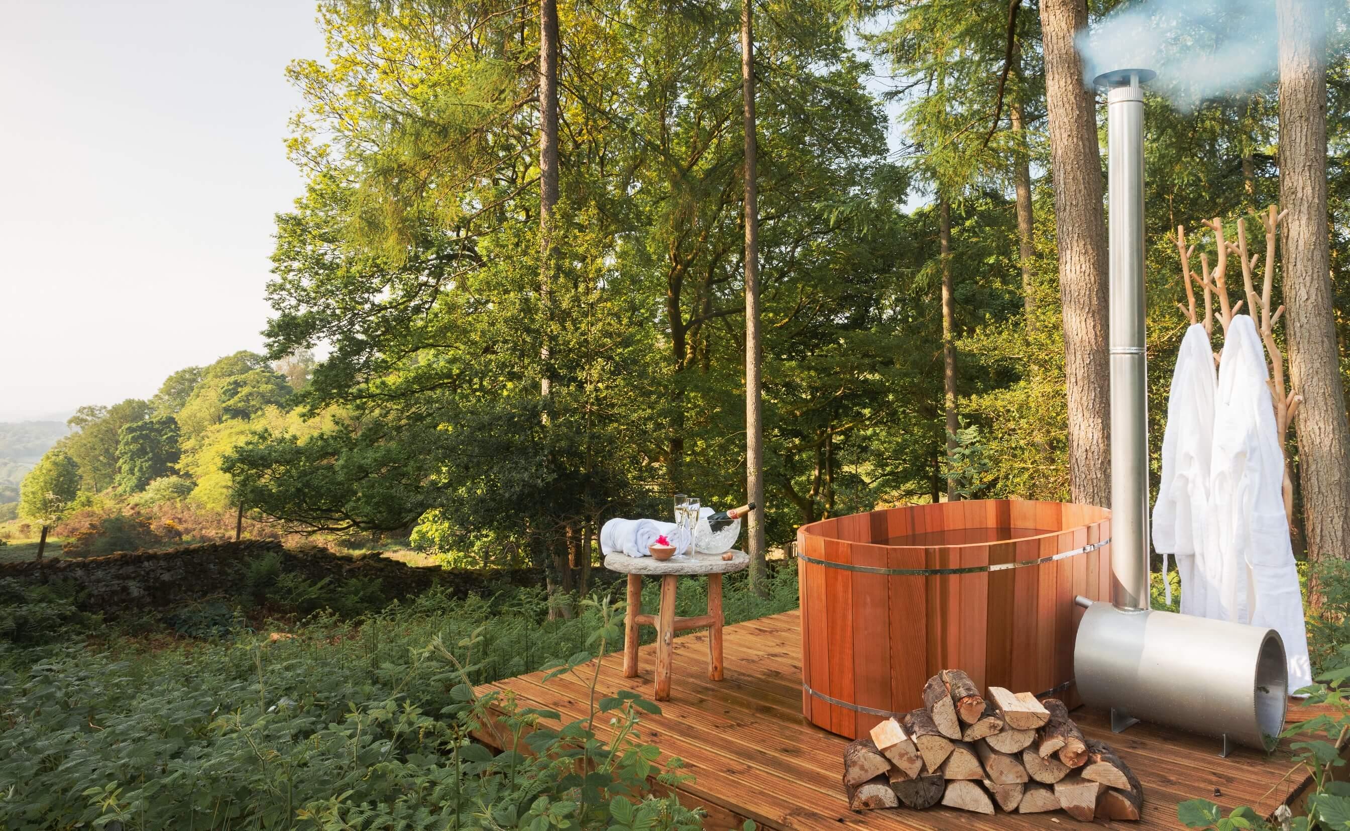 Jetty Spa at Gilpin Hotel Lake House Outdoor Hot Tub