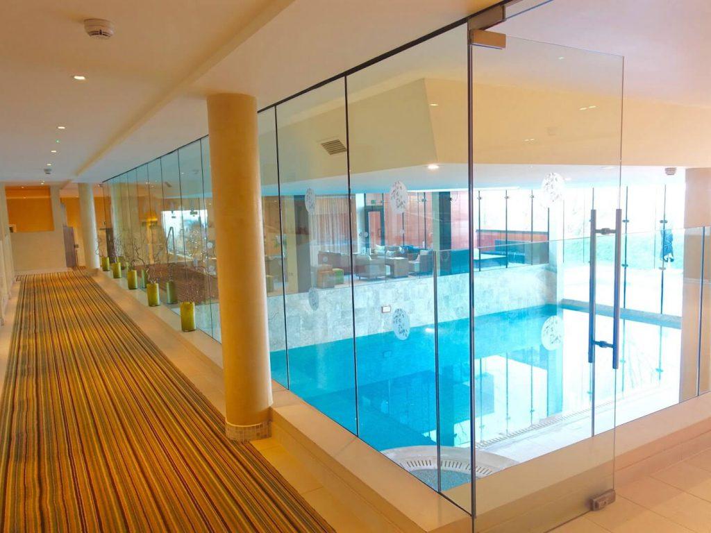 Ockenden Manor Spa Hotel - Pool