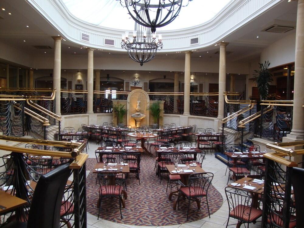 The Belfry Spa Hotel - Restaurant